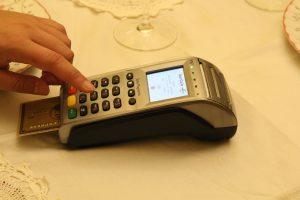 b-122.風俗一本で働いててもクレジットカードは作れますか?審査厳しい?