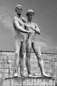 彫刻 男性