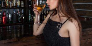 アルコール 女性