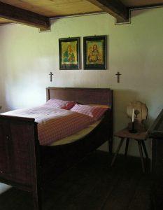 ベッド 部屋