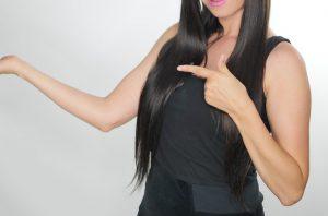 黒髪 女性