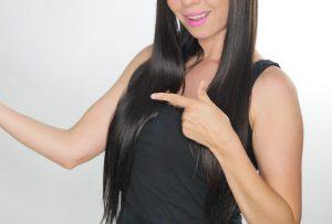 女性 黒髪
